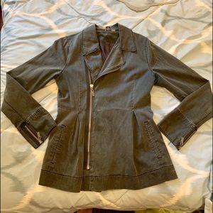 Roxy Jacket Size Medium Gray Color